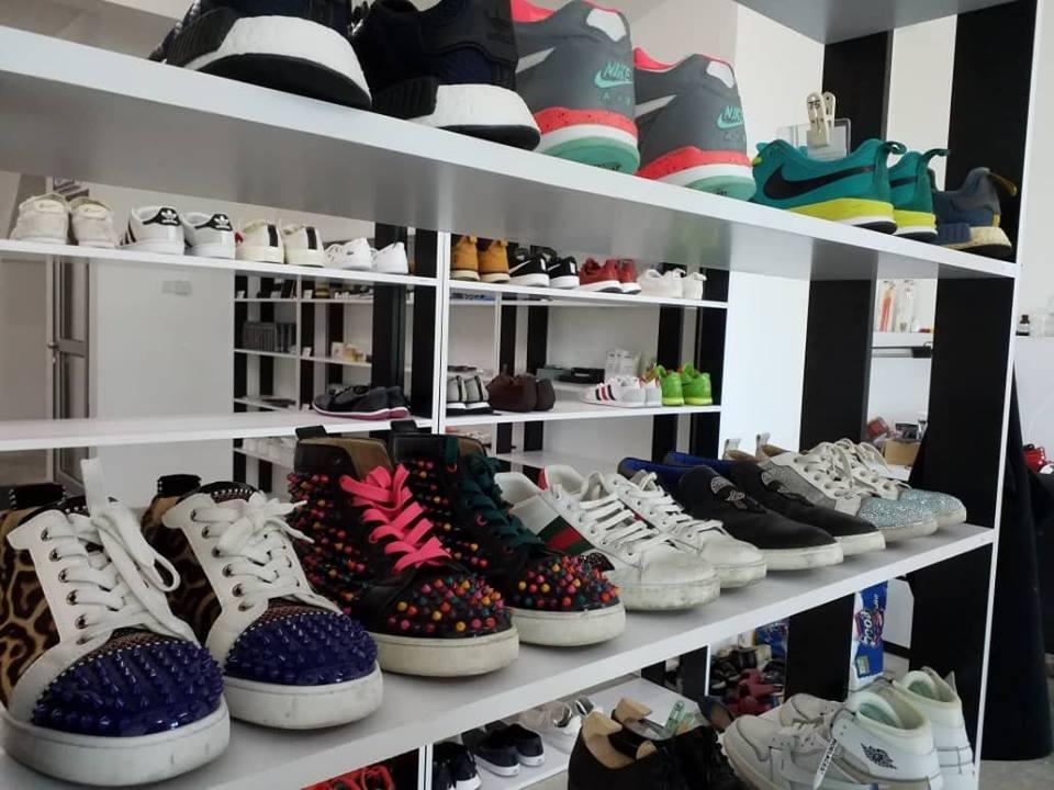 Shoe Mo